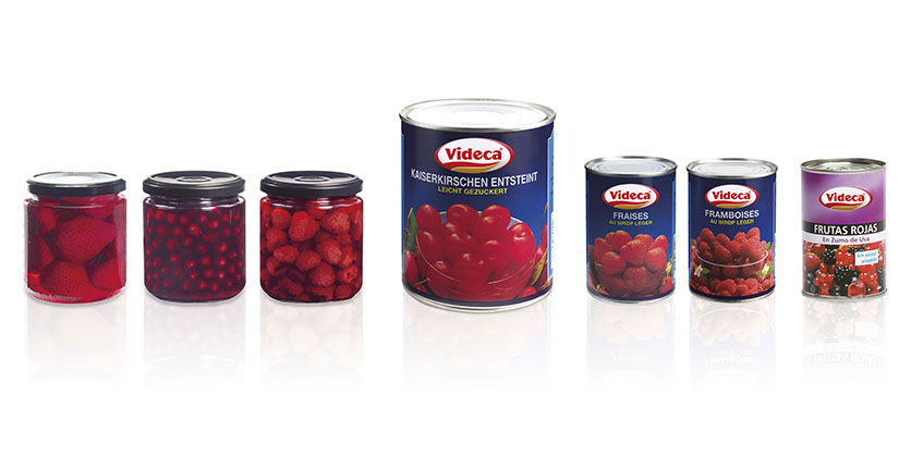 Red fruits canned